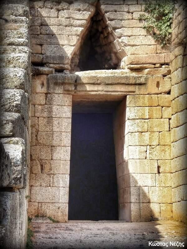 είσοδος τάφου Αγαμέμνονα Μυκήνες